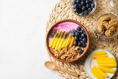 Free Asai Bowl Granola Oatmeal With Mango, Blueberry And Chia Seeds Royalty Free Stock Photography - 171593977