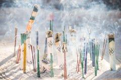 Asakura -日本, 2016年2月18日: :在incens的日本香火 库存照片