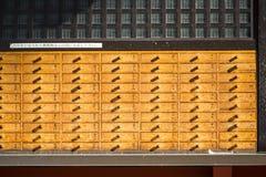 Asakura - Japan, 18 Februari 2016:: Pa van het o-Mikuji de willekeurige fortuin Stock Foto's