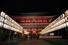 Asakusa Hozomon mit Laterne nachts Lizenzfreie Stockbilder