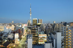 Asakusa linia horyzontu Tokio, Japonia, - Obraz Stock