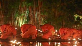 Asalha Puja Day, Chiang Mai, Tailandia archivi video