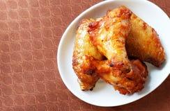 Asas de frango fritas da grelha Foto de Stock Royalty Free