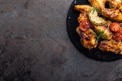 Asas de galinha do BBQ, carne grelhada picante Imagem de Stock Royalty Free