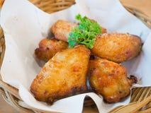 Asas de galinha quentes e picantes Fotos de Stock