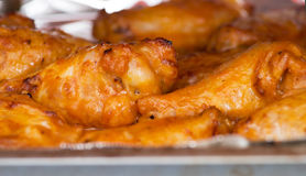 Asas de galinha quentes e picantes do búfalo Imagens de Stock Royalty Free