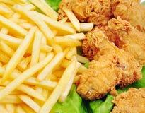 Asas e fritadas de galinha Fotos de Stock Royalty Free