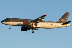 Asas reais de JY-AYI, Airbus A320-212 Imagem de Stock