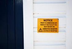 Asbest-Warnzeichen stockfotos