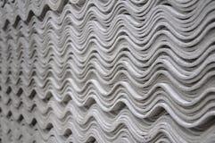 Asbestfliesen - Wellenmuster Stockbild