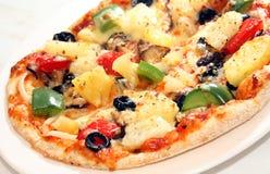 Ascendente cercano de la pizza fotografía de archivo