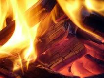Ascendente cercano del fuego Foto de archivo
