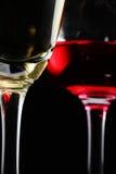 Ascendente cercano del vino rojo y del champán Fotografía de archivo