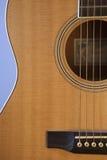 Ascendente próximo da guitarra Foto de Stock Royalty Free