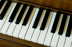 Ascendente próximo do piano Imagens de Stock Royalty Free