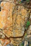 Ascendentes fechados, apedrejam na ilha de Dao do engodo, Vietname imagem de stock