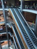 Ascenseur dans un centre commercial Photo libre de droits