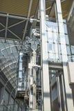 Ascenseur en verre moderne Photos stock