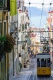 Ascensor da Bica在里斯本,葡萄牙 库存图片