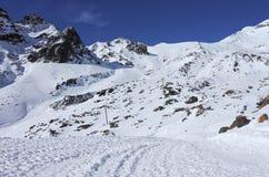 Ascensore di sci alla cima del giacimento dello sci di Ruapehu del supporto Fotografia Stock Libera da Diritti