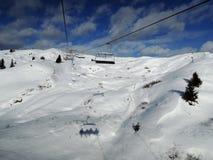 Ascensore di sci nella località di soggiorno di Alta Badia - Sella Ronda - alpi italiane - Dol Fotografia Stock
