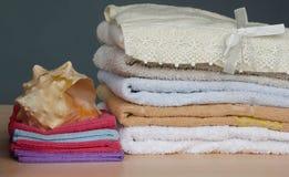 Asciugamani di bagno Fotografie Stock