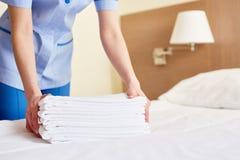Asciugamani per i nuovi ospiti Immagine Stock