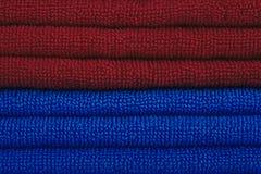 Asciugamani rossi e blu Fotografia Stock Libera da Diritti