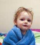 Bambino dopo la doccia Fotografie Stock