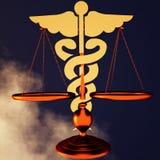 Asclepius & Rechtvaardigheidsschaal Stock Foto's