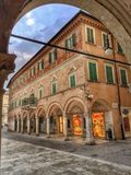 Ascoli Piceno, mening over een oud gebouw Royalty-vrije Stock Foto's