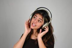 Ascoltando music-9 fotografie stock