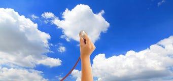 Ascolti il cielo Fotografie Stock Libere da Diritti