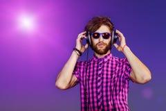 Ascolto di musica Fotografia Stock Libera da Diritti