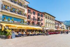 Ascona lokaliserade på kusten av sjön Maggiore, Ticino, Schweiz Royaltyfri Bild