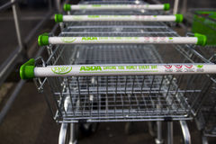 Asda-Supermarkt Stockbilder