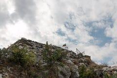 Asen& x27; s-fästning i de Rhodope bergen, Bulgarien Arkivbild