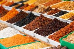 Aserbaidschan, Baku, Bonbons und Trockenfrüchte im Markt Stockfoto