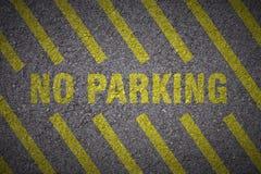 Asfalt - ingen vignetted parkering Arkivbild