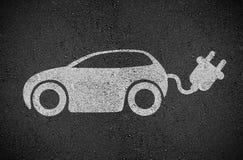 Asfalt med rörlighet för e-bil E royaltyfri illustrationer