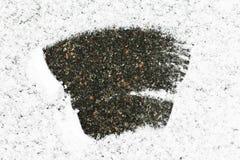 Asfalt zakrywający z śniegiem, udziały śnieg po środku śniegu rozjaśniał, Śnieżny tło zdjęcie royalty free