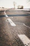 Asfalto ?spero en una carretera nacional en Austria foto de archivo libre de regalías