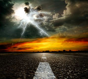 asfaltowej drogi niebo Fotografia Royalty Free