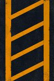 asfaltowy czarny ocechowania kolor żółty Fotografia Stock