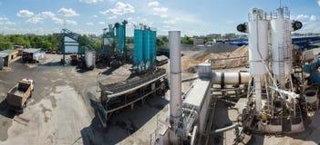 Asfaltowy fabryczny Russia Moscow Dorohovo st 2 2016-05-26 Obrazy Stock