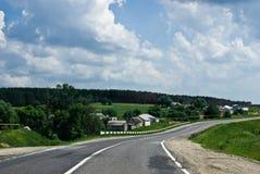 asfaltowy pobliski drogowy osadniczy mały Obrazy Stock