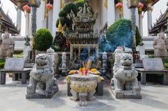 Asfull kinesisk relikskrin Royaltyfri Bild