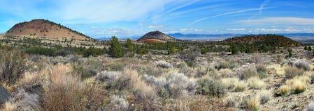 Ash Volcanos, Lava Beds National Monument, Califórnia fotografia de stock