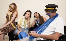 Ash Wednesday Les amis sont fatigués de célébrer Carnaval Revele Images stock