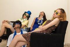 Ash Wednesday Les amis sont fatigués de célébrer Carnaval Sleepi Photos stock